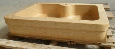 Lavello in pietra modello Milano Lavorazione Marmi a Venezia: Marmi Piccolo