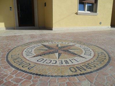 Rosa dei venti Lavorazione Marmi a Venezia: Marmi Piccolo