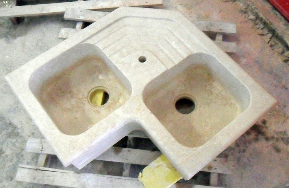 Lavello in pietra ad angolo: Marmi Piccolo progettazione e ...