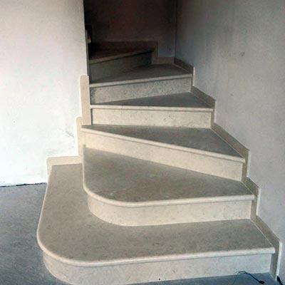Produzione scale in marmo